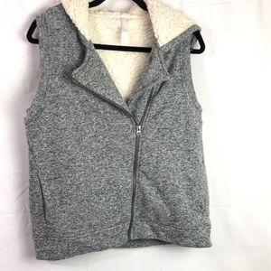 Tops - Jersey Faux Sherpa Vest w/hood Women's XL